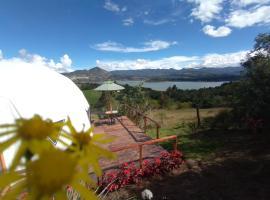Glamping La Villa, luxury tent in Guatavita