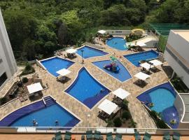 Flat 720 Park Veredas com Vista Serra e acesso ao Rio Quente!, apartment in Rio Quente