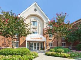 Sonesta Simply Suites Charlotte University, hotel in Charlotte