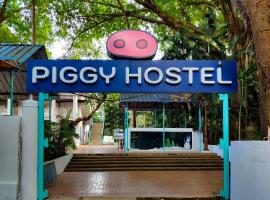 Piggy Hostel Calangute, hostel in Calangute