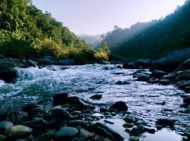 Bidyang Crown Imperial River Resort, resort in Kalimpong