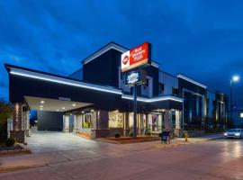 Best Western Plus Milwaukee West, hotel in Milwaukee