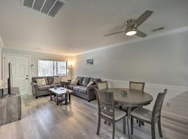 Updated Wilmington Retreat, 2 Miles to UNCW!, vacation rental in Wilmington