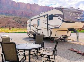 FunStays Glamping Fully Setup RV Site 3, resort village in Moab