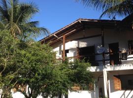Araribé Pousada, guest house in Trindade