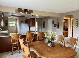 The Foothills condo-Branson, villa in Branson