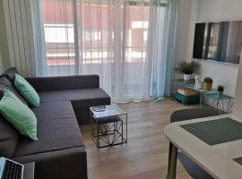 Piso moderno con garaje en el centro de Vigo, apartamento en Vigo