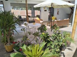 Icthus Paracas, hotel in Paracas