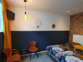 Damietta, apartment in Haarlem