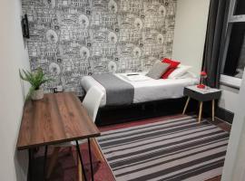 Upper Rock Rooms, hotel in Brighton & Hove