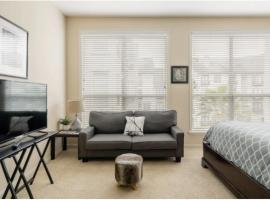 Relaxing Midtown Studio!, apartment in Houston