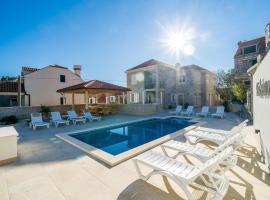 Residence & Pool Villa Schwarz Suites, hotel near Dubrovnik Airport - DBV,