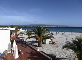 Vel Marì - Rooms on the Beach, hôtel à Alghero