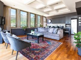 Cartwright - 1701 Dark Glamor with Garage Parking, apartment in Cape Town