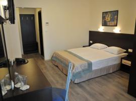 Хотел Бургаски свободен университет, хотел близо до Флора Бургас, Бургас