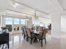 6th floor Oceanview condo 3BR, beachfront resort. Solare Tower 603, resort in South Padre Island