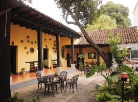 El Naranjo Hotel Finca Urbana, hotel en San Cristóbal de Las Casas