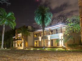 Pirayu Hotel & Resort, hotel in Puerto Iguazú