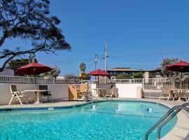 Motel 6-Monterey, CA, hotel in Monterey