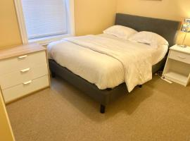 ENTIRE 2BR, vacation rental in Chicago