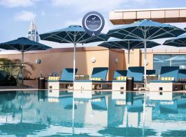 Pullman Dubai Jumeirah Lakes Towers, hotel in Sheikh Zayed Road, Dubai
