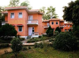 Meghauli Wildlife resort, hotel in Chitwan
