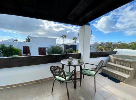 Blue Heron Villa, cottage in Playa Blanca