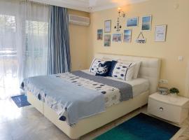 Apartments Marine Holiday, пляжный отель в Махмутларе