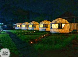 Igloo Glamping Bali, luxury tent in Kubupenlokan