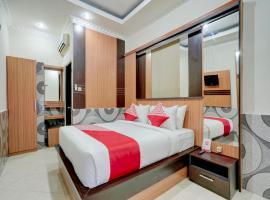 OYO 90131 Vin Stay Cokro، فندق بالقرب من محطة حافلات أوبونغ، Sempidi