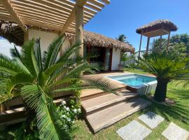 Tiki Pool's Bungalows, hotel with pools in Fortim