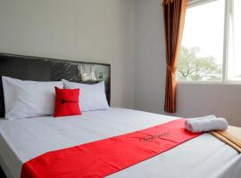 RedDoorz @ City Park Medoho Semarang, hotel near Diponegoro University, Alastuwo