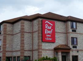 Red Roof Inn & Suites Detroit - Melvindale/Dearborn, hotel near The Majestic Theatre, Melvindale