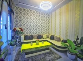 Rumah Asik Kerinci, pet-friendly hotel in Kayu Aro