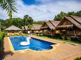 AoNang Bamboo Pool Resort, B&B in Ao Nang Beach