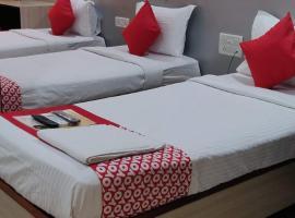 KAILASH PARK BOUTIQUE ROOMS, hotel near Chhatrapati Shivaji International Airport Mumbai - BOM, Mumbai