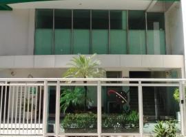 Kandinsky Icaraí Residence, hotel with pools in Niterói