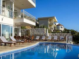 Villa in Kalkan Sleeps 10 includes Swimming pool Air Con and WiFi 9, cottage in Kalkan
