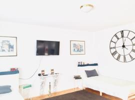 Welcome to Messe!!-Apartment&Balcony, Familienhotel in Hannover