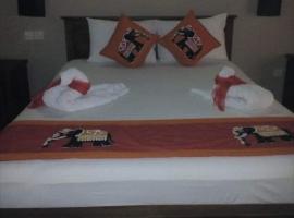 the kandy crib abula, hotel in Colombo