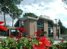 Hotel Dimora Adriana, hotel in Tivoli