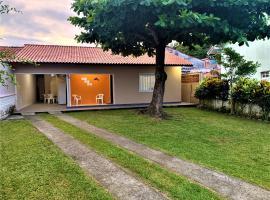 Casa Bombinhas, hotel near Zimbros beach, Bombinhas