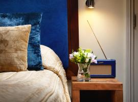 Berkeley Suites, hotel near Clifton College, Bristol