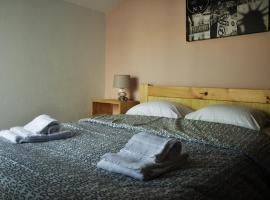 Hostel 33, hostel in Faro