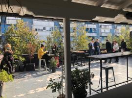 Hotel Bojatours Lux, hotel in Podgorica