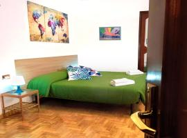 La Casita Toledo - In pieno centro, accessible hotel in Naples