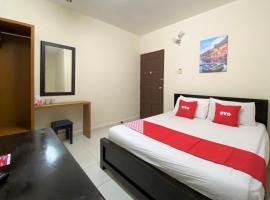 OYO 90159 Zahaar Hotel, hotel in Batu Ferringhi