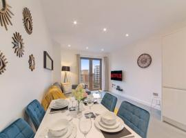 Book Today - 1 & 2 Bedroom Apartments Available with LillyRose Serviced Apartments St Albans, Free Car Park & Free Wifi, hotel near Highfield Park, St. Albans