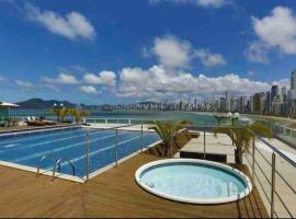Internacional Residence c linda vista Beira Mar, hotel in Balneário Camboriú