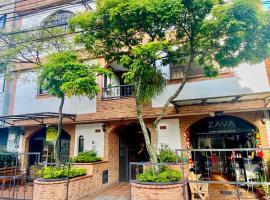 Casa Santafé - Coliving Hotel, hotel in Medellín